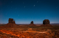 Light trails at Monument Valley (danielacon15) Tags: monumentvalley navajotribalpark travel unitedstates utah traveldestination night star trails light trail form moving car mesas buttes nature desert longexposure outdoors landscape