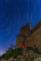 Bajo la luz de la luna... (Jos Ferrando) Tags: valencia noche estrellas castillo largaexposicin canon1740f4l canon6d carmenpla