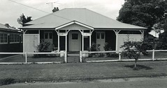 34 The Avenue, Lorn, N.S.W. (maitland.city library) Tags: maitland new south wales lorn conservation planning study city council department environment wayne perry 1985 houses homes architecture buildings federation four room symmetrical side verandah 14 34 the avenue