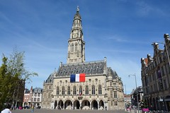 Belfry of Arras (France 2016) (paularps) Tags: france history memorial europa europe frankrijk battlefield greatwar worldwar1 geschiedenis oorlog herdenking mmorial arps guerremondiale cwgc battleofthesomme slagveld oorlogsgraven paularps grandguerre 19162016 labatailledusomme