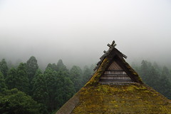 Inaka ---countryside--- (Teruhide Tomori) Tags: architecture woodenhouse building forest countryside japan japon kyoto roof miyama