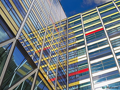 Lines and colors (Shahrazad26) Tags: leiden zuidholland nederland holland thenetherlands paysbas architectuur architecture colors kleuren farben couleurs reflection reflectie weerspiegeling