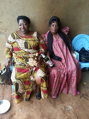 Frauen mit Alkohol, Bandoukassa