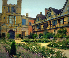 Coughton Courtyard panoramic (Dazzygidds) Tags: texture lavender romantic nationaltrust warwickshire coughtoncourtgardens