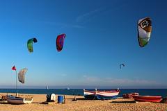 Kitesurf a Malgrat (Albert T M) Tags: catalonia kiteboarding kitesurfing catalunya maresme kitesurf platja catalogne kitesurfen malgratdemar surfdestel kitesurfang esportsdevent