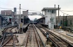 CTA Howard station 6-14-89 (jsmatlak) Tags: chicago subway cta metro howard l elevated evanston rapidtransit