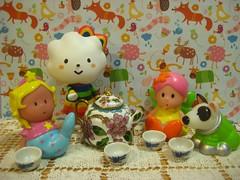 tea party (hruki_hru) Tags: fluffy teaparty