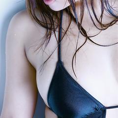 愛川ゆず季の壁紙プレビュー