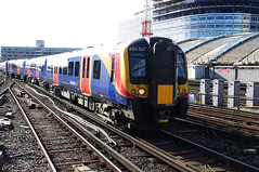 RD10436.  South West Trains Desiro 450 567 arriving at London Waterloo. (Ron Fisher) Tags: uk greatbritain england london unitedkingdom waterloo gb emu southwesttrains swt desiro class450 class4505