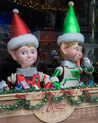 2014 Macy's Holiday Window Display, Herald Square, New York City (jag9889) Tags: christmas nyc newyorkcity usa holiday ny newyork window retail unitedstates display manhattan unitedstatesofamerica midtown departmentstore macys storewindow windowdisplay macy 2014 jag9889 20141125