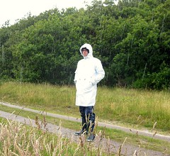 Jeantex Friesennerz wei (Nordsee2011) Tags: raincoat rainwear regenjacke jeantex regenmantel friesennerz ostfriesennerz regenkleidung regenbekleidung