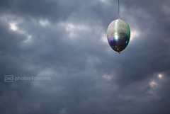 ufo over munich (photos4dreams) Tags: christmas xmas weihnachten egg ufo ei heiligabend unidentifiedflyingobject photos4dreams photos4dreamz p4d