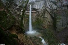 Guy a coté de la Grande Cascade de Raffenot de 40 M de Haut - Chateauvieux les fossés (francky25) Tags: guy les de la grande m 40 cascade franchecomté coté haut doubs chateauvieux fossés raffenot