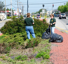 "HGCA_Cleanup_5-7-11-9 • <a style=""font-size:0.8em;"" href=""http://www.flickr.com/photos/28066648@N04/16121978988/"" target=""_blank"">View on Flickr</a>"