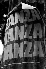 Matanza! (Thiago Stone) Tags: brazil brasil sãopaulo pb sp urbana sao cartaz lentes maio 2012 matanza sãopaulosp viradacultural 201205 avsãojoão canoneosrebelt2i bairrorepública efs1855mmf3556isii