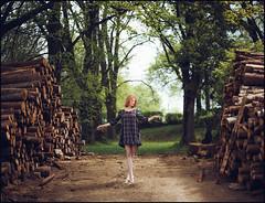 * (derlevi) Tags: summer portrait woman dance