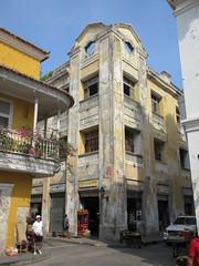 Neglected building, corner of Plaza de la Proclamacin, Cartagena, Colombia (Paul McClure DC) Tags: architecture colombia historic bolvar cartagena cartagenadeindias june2016