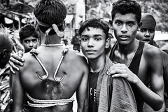 Gajan fair - Kalna (daniele romagnoli - Tanks for 12 million views) Tags: road street portrait people blackandwhite bw india boys monochrome monocromo nikon asia strada village tribal sguardo indie tribes tradition tribe ethnic kolkata ritratto indien bianconero cultura calcutta biancoenero tribo indiano inde ethnicity ethnology tribu westbengal ragazzi  indiani calcuta etnico sacrificio villaggio  bengala etnia tradizione tribale  ethnie d810 tribali  gajan charak  kalna romagnolidaniele gajanfestival