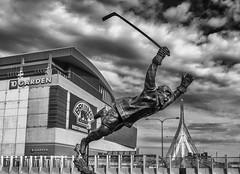 The Goal - Bobby Orr (Philip Scott Johnson) Tags: boston bostonbruins fleetcenter bostonmassachusetts tdgarden thegoal newbostongarden bobbyorrstatue theflyinggoal