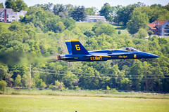 Captain Jeff Kuss USMC.  Rest in Peace (W.L.M.II) Tags: hornet f18 usnavy fa18 fa18hornet navalaviators theblueangels spiritofstlouisairshowstemexpomay2016