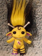 Beetrice Honey Bee Zelf (InkyMomo) Tags: black yellow wings bee honey honeybee zelf zelfs beetrice zelicious mediumzelf beesweettreehouse