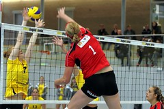 GO4G5675_R.Varadi_RVaradi (Robi33) Tags: game girl sport ball switzerland championship team women action basel tournament match network volleyball block volley referees viewers