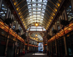 Leadenhall Market (peterphotographic) Tags: uk england building london architecture leadenhallmarket market britain olympus cityoflondon olympusepl5 epl5 pb290757edwm