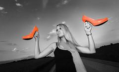Galerie-Neu (Markus Koepf) Tags: model highheels petra blond sw frau werbung mode landschaft schuhe mädchen stöckelschuhe