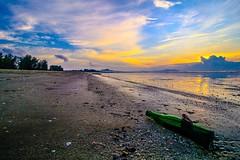 IMG_3543 ~ pagi (achem74) Tags: trip travel beach sunrise canon eos wideangle places malaysia kuantan pahang pagi 10mm canonlens beserah balok canoneos700d canonwideangle eos700d canon10mm18mm 10mm18mm
