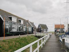 P5150041 (veneman) Tags: bike harbour houses marken