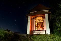 Kapelle und Sterne (Ralph Punkenhofer) Tags: nightphotography light nature stars landscape licht nikon outdoor natur chapel d750 landschaft kapell startrails sterne nachtfotografie kapelle sternenzieher