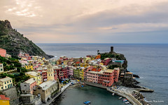 Vernazza, Italy (ThomasBartelds) Tags: world travel sea italy house inspiration water architecture europe mood village outdoor hiking route terre vernazza cinque d500 umbrie