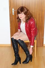 Vic_1227 (Victoria Reich 63) Tags: stockings leather transformation boots tights crossdressing tgirl transgender sissy tranny transvestite heels satin pantyhose crossdresser ladyboy shemale hotpants strumpfhosen feminization stiefel travestie cder feminofilia