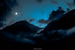 Douce Nuit en Vanoise (Frdric Fossard) Tags: art nature montagne alpes lune lumire ciel savoie nuage paysage soir nuit nocturne brume calme luminance ambiance pralognan valle vanoise claircie atmosphre cimes