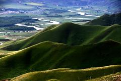 Kuoksu river  (MelindaChan ^..^) Tags: china green nature hill canyon mel  melinda curve range slope xingjiang  kuoksu chanmelmel  melindachan kalajun kuoksugrandcanyon