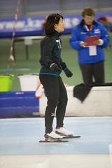 A37W7517 (rieshug 1) Tags: speedskating schaatsen eisschnelllauf skating worldcup isu juniorworldcup worldcupjunioren groningen kardinge sportcentrumkardinge sportstadiumkardinge kardingeicestadium sport knsb ladies dames 500m