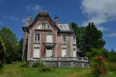 Maison bourgeoise à Mauriac (mlemandat) Tags: maisonbourgeoise mauriac