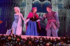 A Frozen Holiday Wish (disneylori) Tags: christmas anna frozen princess disney disneyworld characters wdw waltdisneyworld elsa magickingdom disneyprincess kristoff disneycharacters frozencharacters frozenholidaywish facecharacteers