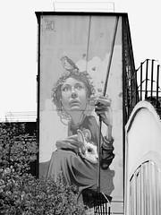 street art Paris 13 (cowsandgirl71) Tags: street bw paris france art noiretblanc nb panasonic oiseau lapin cowsandgirl71