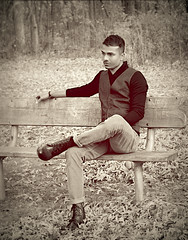 IMG_1603_2 (Asif A. Ali) Tags: winter fall look sweater boots style vest cleancut canonpowershotg1xmarkii