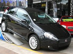 Fiat Grande Punto 1.9d MultiJet Sporting 2010 (RL GNZLZ) Tags: punto fiat diesel giugiaro grandepunto puntosporting
