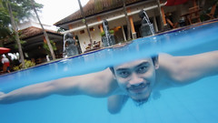 Enjoying my Saturday (Jaya Sudadio) Tags: blue male nature water swimming indonesia underwater tokina swimmingpool jawatimur ijen dicapac bondowoso tokina1116mm canon70d jayasudadiophoto