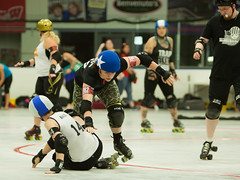 IMG_0454 (clay53012) Tags: ice team track flat arena madison skate roller jam derby league jammer mrd bout flat wftda derby womens track hartmeyer moocon2016