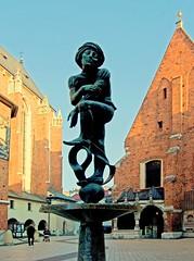 aczek Fountain Plaza St Mary's (madejski.janusz) Tags: poland krakow marienplatz katedra koci rzeba architektura fontanna brz aczek miasto stare