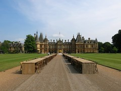 Waddesdon manor (Peter Curbishley) Tags: tables aylesbury nationaltrust bucks manorhouse banker waddesdonmanor rothschild