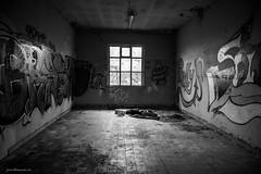 DSC_7500 (josvdheuvel) Tags: urban streetart art station graffiti nikon belgique belgie gare explorer trainstation urbex treinstation belgia montzen josvandenheuvel 0031612267230 josvdheuvelgmailcom wwwjosvdheuvelnl