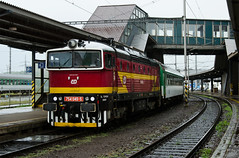 Upran blesky (Nikis182) Tags: 754049 d 754 ostrava diesel locomotive brejlovec eleznice esk republika czech republic railway nikis182