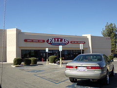 Fallas Bakersfield, CA (COOLCAT433) Tags: ca white walmart former bakersfield ln fallas 2300 1574
