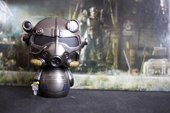 Loot Crate  June 2016  Dystopia (Chris Miller) Tags: june power 4 vinyl loot armor crate armour fallout dystopia 2016 dorbz