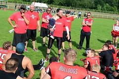 __IMG_9362 (blood.berlin) Tags: family fun coach referee team banner virgin magdeburg return qb win guards touchdown bulldogs tackle americanfootball punt fieldgoal spandau bulldogge gameball